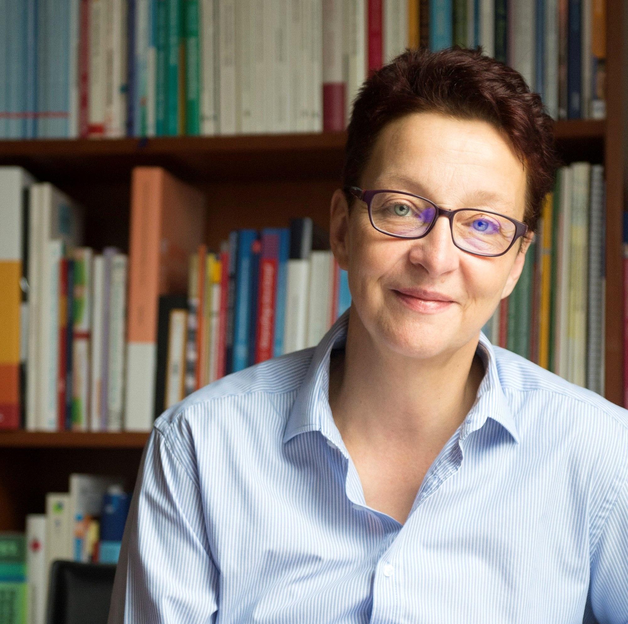 Prof. Dr. Sabine Engel